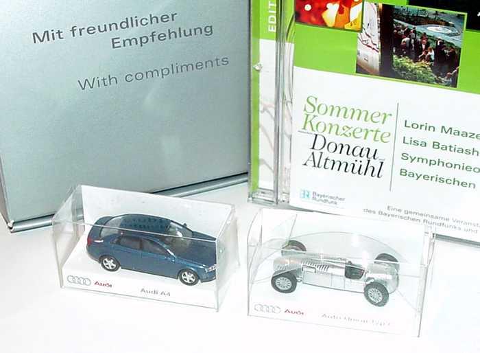 Foto 1:87 Audi Set Mit freundlicher Empfehlung (Audi A4 blau-met. + Autounion Typ C + CD) Rietze