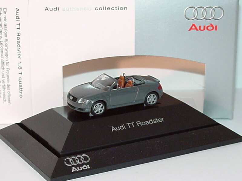 audi tt roadster 8n mit heckspoiler nimbusgrau. Black Bedroom Furniture Sets. Home Design Ideas