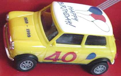 Foto 1:87 Austin Mini Cooper Happy Birthday!, 40 Mini Years herpa