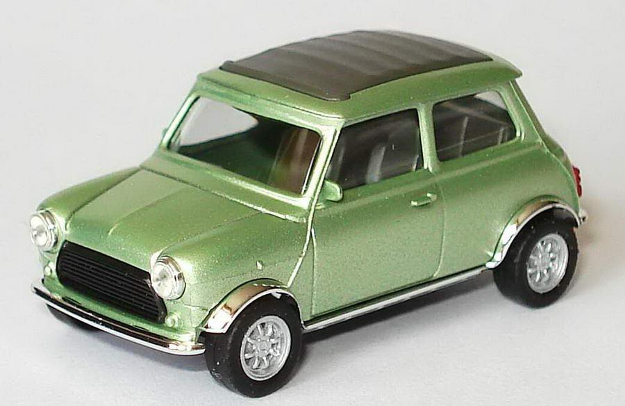 Foto 1:87 Austin Mini Cooper mit Rolldach (geschlossen) hellgrünmet., Kotflügel verchromt herpa 188814
