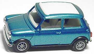 Foto 1:87 Austin Mini Cooper mit Rolldach (geschlossen) karibikblaumet., Dach signalweiß herpa 032063