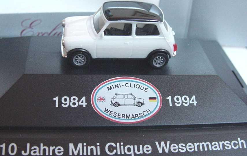 Foto 1:87 Austin Mini Cooper weiß/schwarz Mini-Clique Wesermarsch herpa