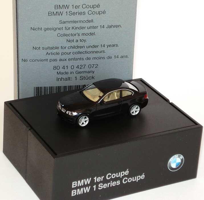 Foto 1:87 BMW 1er Coupé (E82) saphirschwarz-met. Werbemodell herpa 80410427072