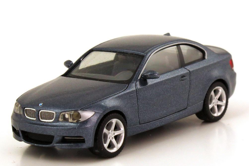 Foto 1:87 BMW 1er Coupé (E82) sparklinggraphit-met. herpa 80410427071