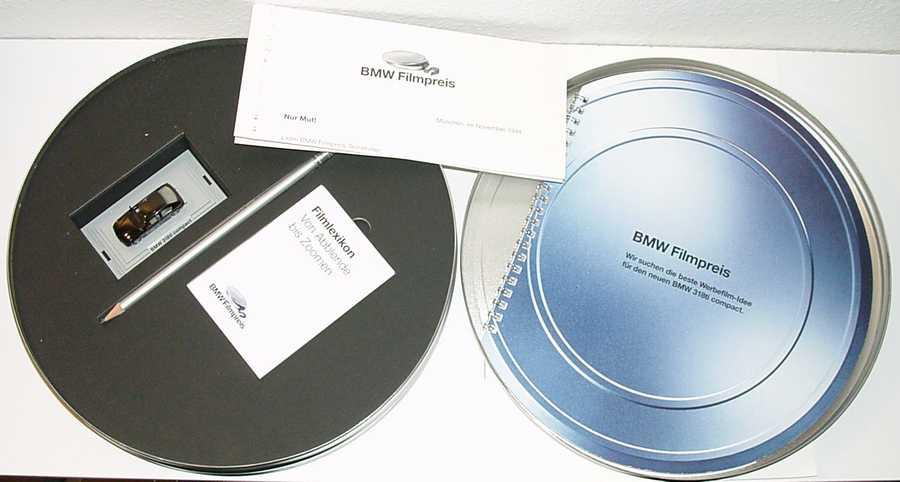 Foto 1:87 BMW 318ti compact schwarz BMW Filmpreis 1994 Werbemodell in Sonderverpackung Wiking