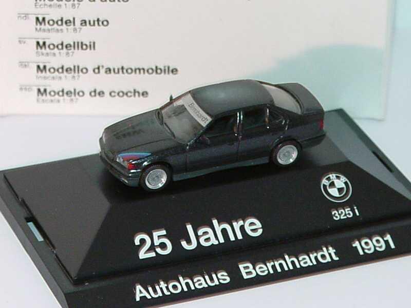 Foto 1:87 BMW 325i (E36) schwarz-met. 25 Jahre Autohaus Bernhardt Werbemodell herpa