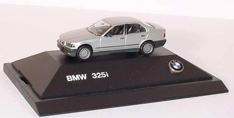 Foto 1:87 BMW 325i (E36) silber-met. Werbemodell (plastisches BMW-Logo auf Sockel) herpa 82229417774