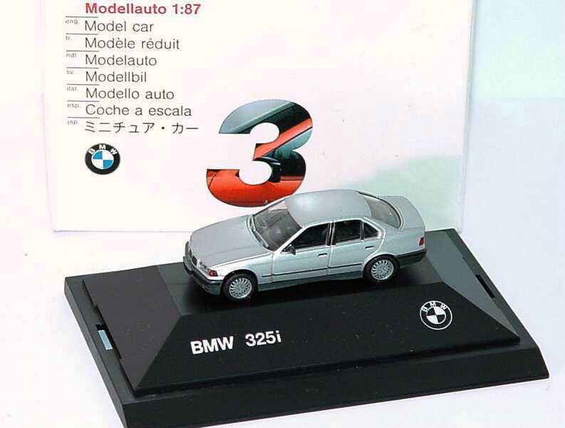 Foto 1:87 BMW 325i (E36) silbermet., schwarze Niere Werbemodell herpa 82229417774
