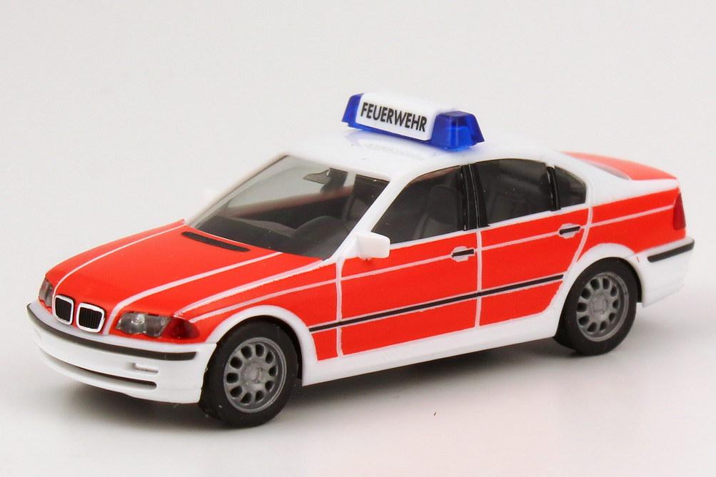 Foto 1:87 BMW 328i (E46) Feuerwehr weiß/leuchtrot herpa 044318