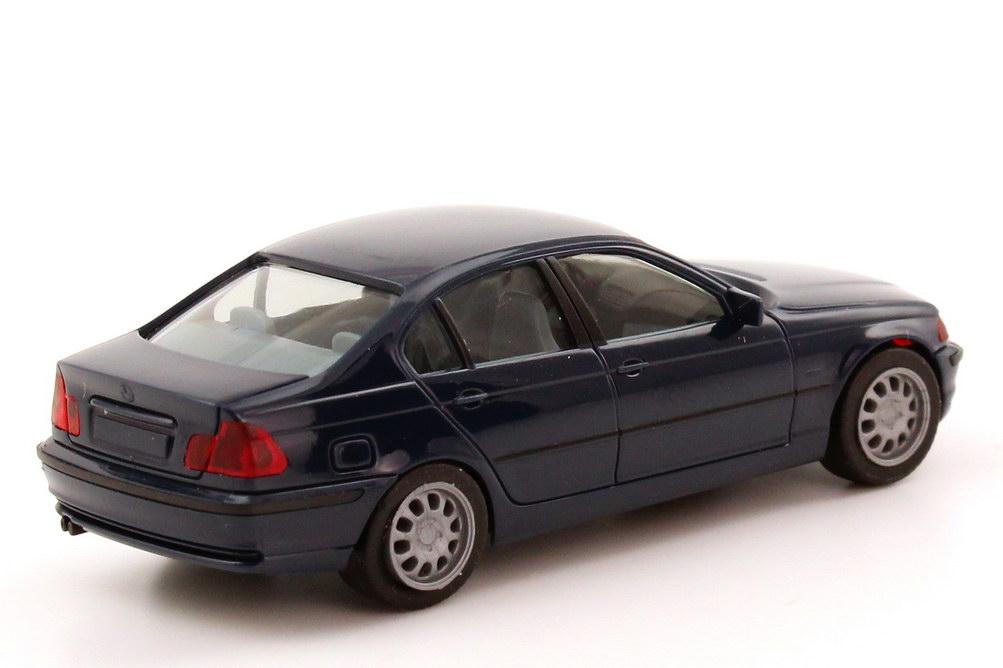 Foto 1:87 BMW 3er 328i (E46) dunkelblau herpa 022545