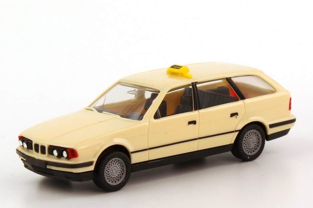 Foto 1:87 BMW 5er 525i touring E34 Taxi - herpa 042048