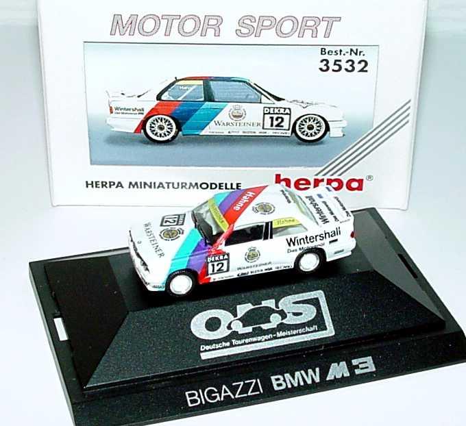 Foto 1:87 BMW M3 E30 DTM 1991 Bigazzi Nr.12 Armin Hahne - herpa 3532