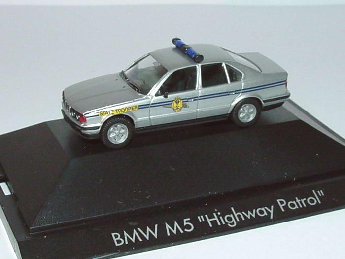 Foto 1:87 BMW M5 Highway Patrol State Trooper herpa 181402