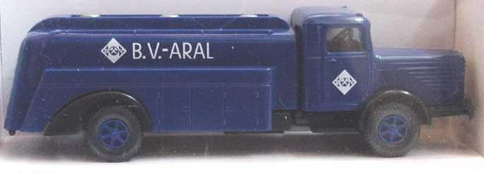 Foto 1:87 Büssing 8000 2a Tank-Lkw B.V.-Aral Wiking 8830124