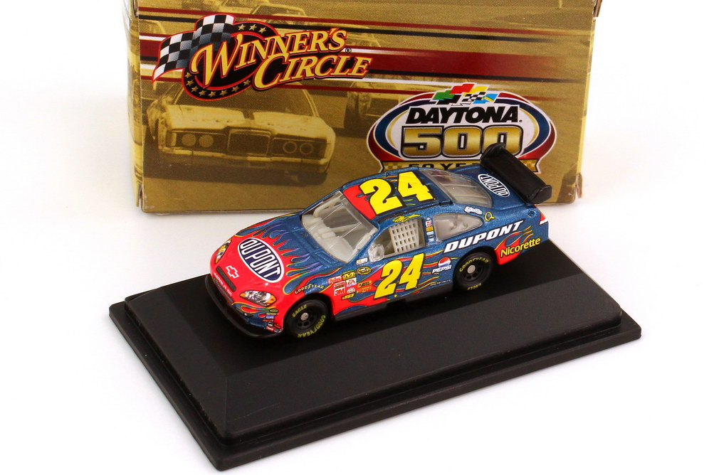 Foto 1:87 Chevrolet Impala SS NASCAR 2008 Hendrick Motorsports, Dupont Nr.24, Jeff Gordon (Daytona 500 Edition) Winners Circle 70466