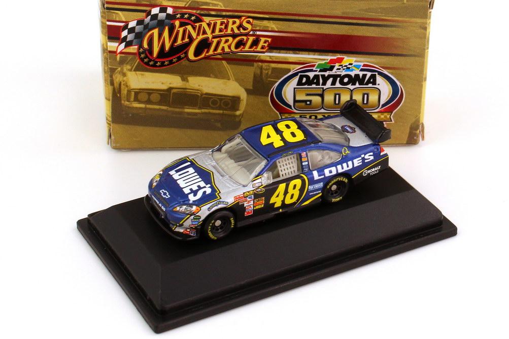 Foto 1:87 Chevrolet Impala SS NASCAR 2008 Hendrick Motorsports, Lowe´s Nr.48, Jimmie Johnson (Daytona 500 Edition) Winners Circle 70465