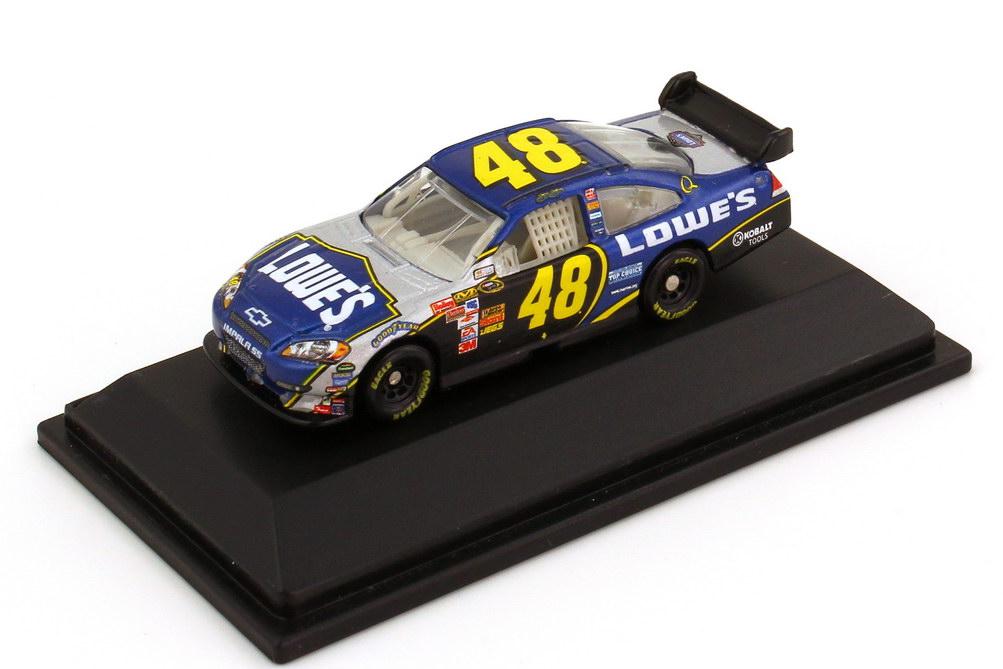 Foto 1:87 Chevrolet Impala SS NASCAR 2008 Hendrick Motorsports, Lowe´s Nr.48, Jimmie Johnson Winners Circle 70526