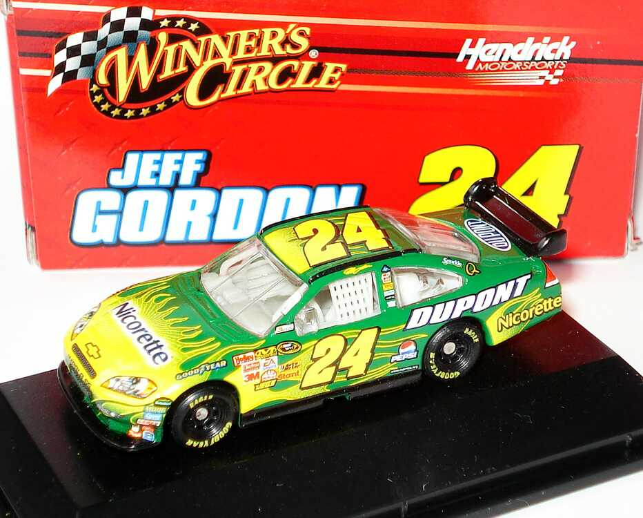 Foto 1:87 Chevrolet Impala SS NASCAR 2008 Hendrick Motorsports, Nicorette, Dupont Nr.24, Jeff Gordon Winners Circle 89911