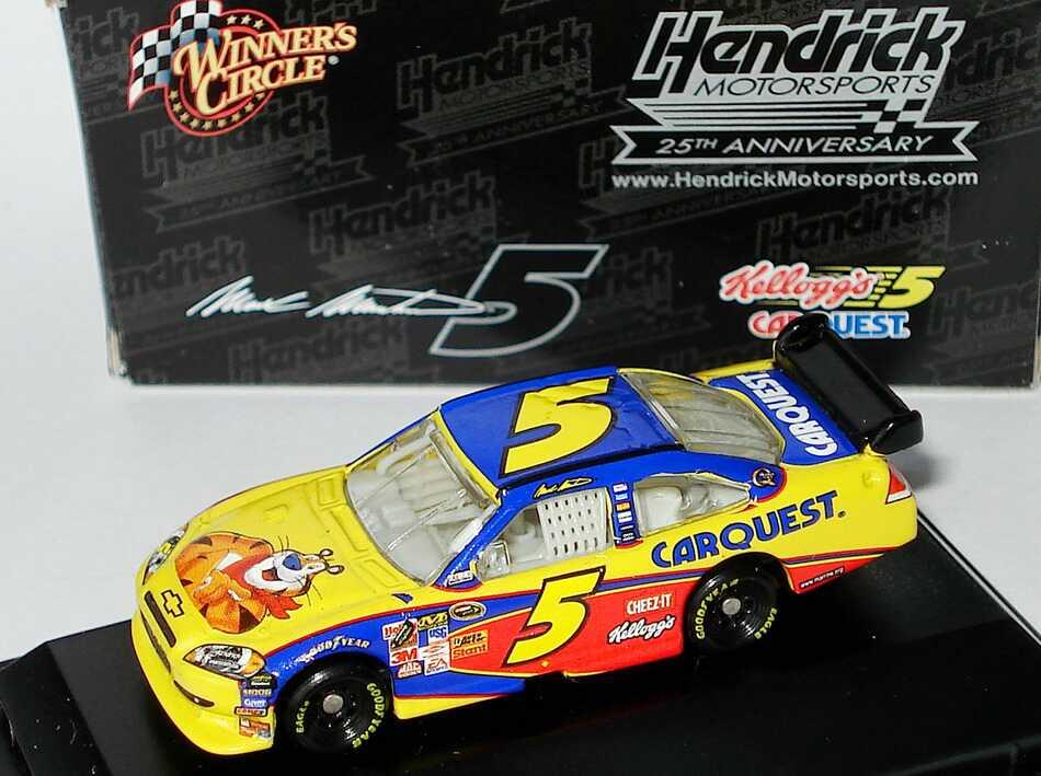 Foto 1:87 Chevrolet Impala SS NASCAR 2009 Hendrick Motorsports, CarQuest, Kellogg´s Nr.5, Mark Martin (Hendrick Motorsports - 25th Anniversary) Winners Circle 06763