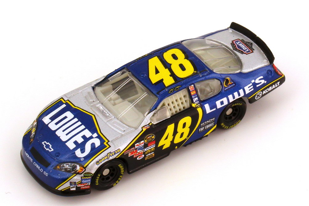 Foto 1:87 Chevrolet Monte Carlo SS NASCAR 2006 Hendrick Motorsports, Lowe´s Nr.48, Jimmie Johnson Winners Circle 47603