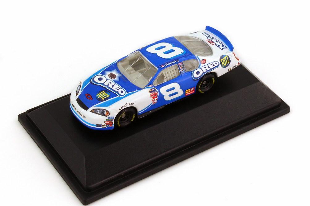 Foto 1:87 Chevrolet Monte Carlo SS NASCAR 2006 Dale Earnhardt Inc., Oreo Nr.8, Dale Earnhardt Jr. Winners Circle 47889