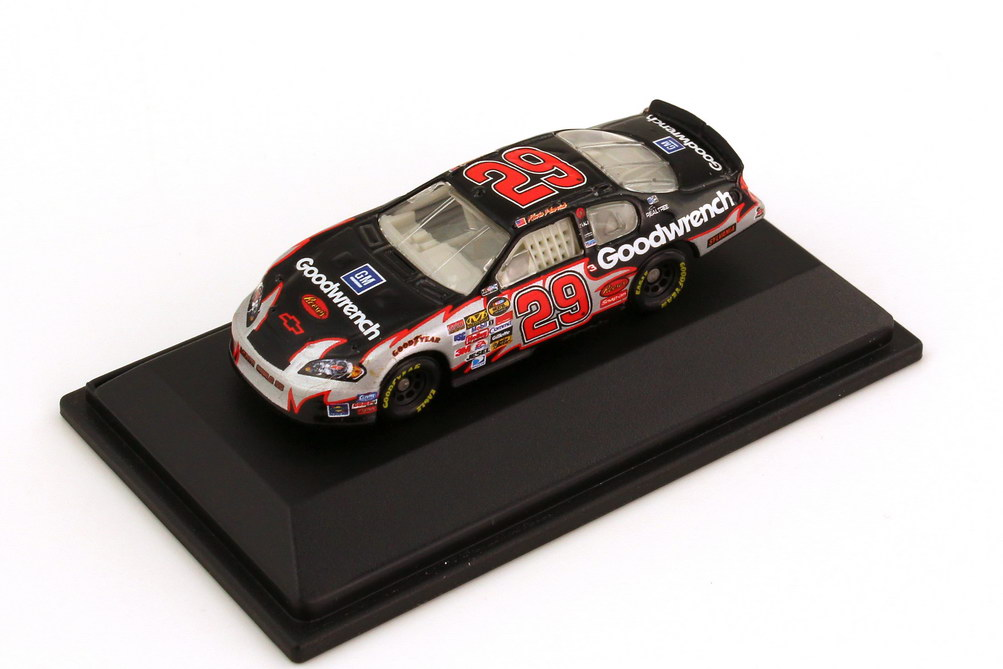 Foto 1:87 Chevrolet Monte Carlo SS NASCAR 2006 RCR, Goodwrench Nr.29, Kevin Harvick Winners Circle 47839