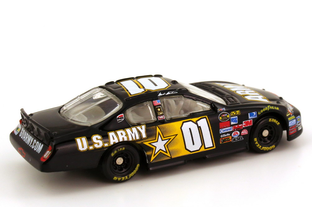 Foto 1:87 Chevrolet Monte Carlo SS NASCAR 2007 Ginn Racing, U.S. Army Nr.01, Mark Martin Winners Circle 48030