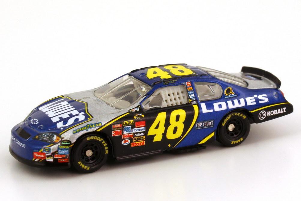 Foto 1:87 Chevrolet Monte Carlo SS NASCAR 2007 Hendrick Motorsports, Lowe´s Nr.48, Jimmie Johnson Winners Circle 47857