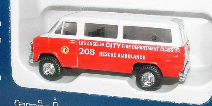 Foto 1:87 Chevrolet Van (1970) Bus Los Angeles City Fire Dept. Rescue Ambulance, 208 Trident 90174