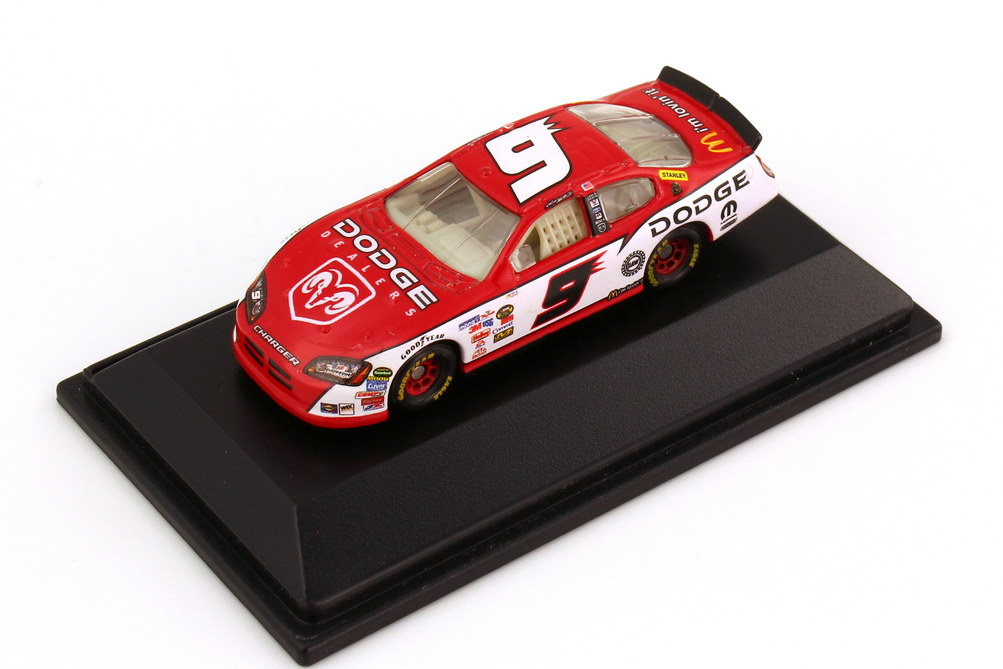 Foto 1:87 Dodge Charger NASCAR 2006 Evernham Motorsports, Mc Donald´s Nr.9, Kasey Kahne Winners Circle 47604