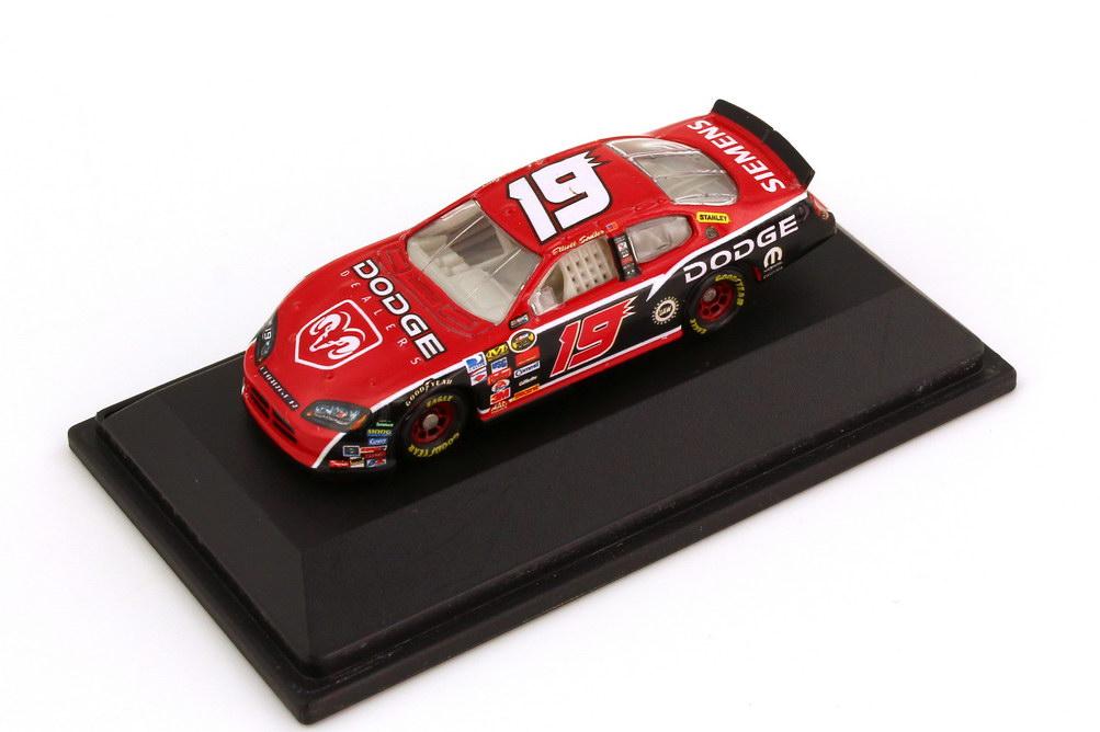 Foto 1:87 Dodge Charger NASCAR 2006 Evernham Motorsports, Siemens Nr.19, Elliott Sadler Winners Circle 47840