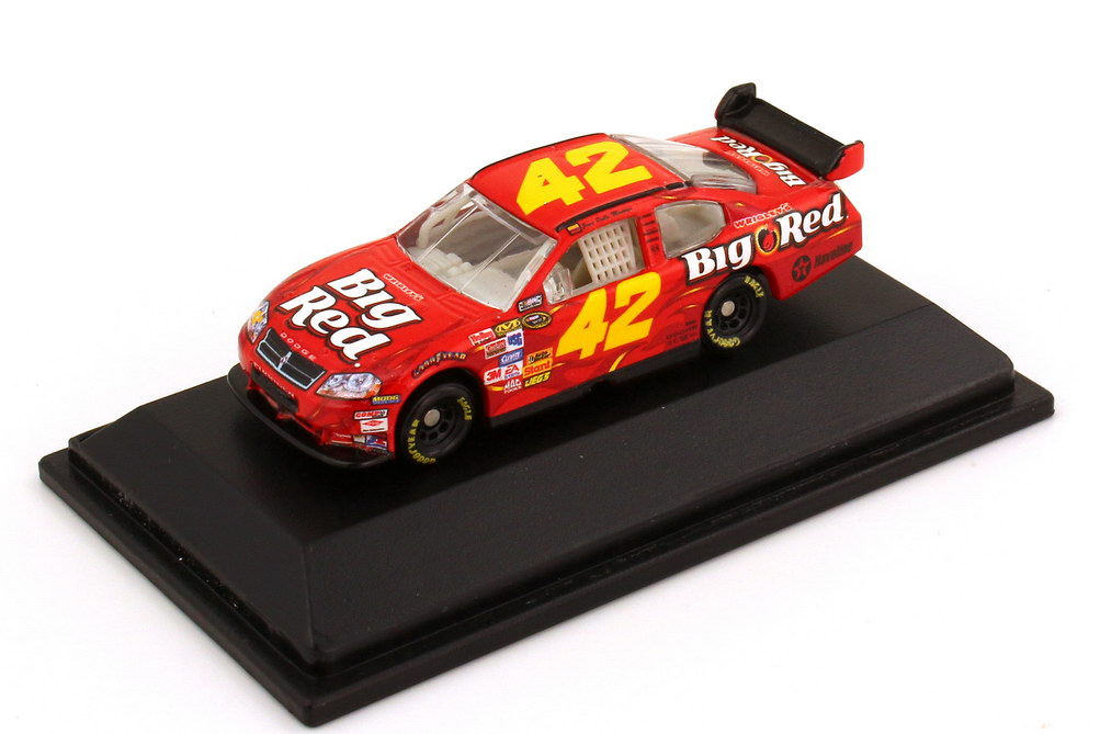 Foto 1:87 Dodge Charger NASCAR 2008 Chip Ganassi Racing, Wrigley´s Big Red Nr.42, Juan Pablo Montoya Winners Circle