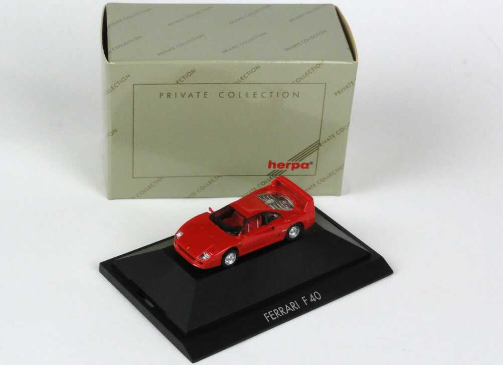 Foto 1:87 Ferrari F40 rot herpa 25010