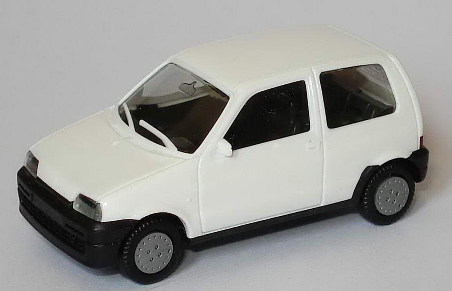 Foto 1:87 Fiat Cinquecento weiß herpa 021142/168946