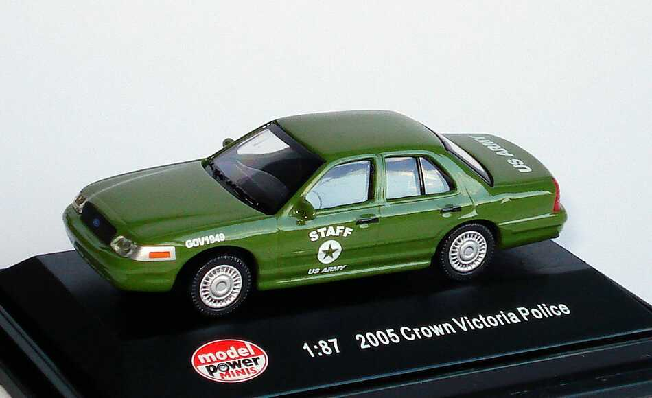 Foto 1:87 Ford Crown Victoria 2005 US Army, Staff Model Power 19408