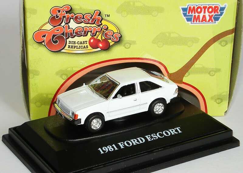 Foto 1:87 Ford Escort I (USA) grauweiß Motormax FreshCherries