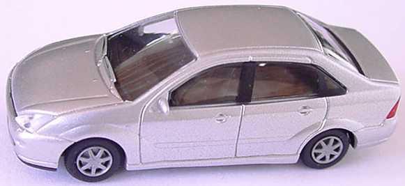 Foto 1:87 Ford Focus Stufenheck silber-met. Rietze