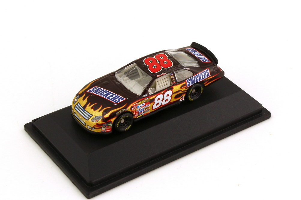 Foto 1:87 Ford Fusion NASCAR 2007 Robert Yates Racing, Snickers Nr.88, Ricky Rudd Winners Circle 64718