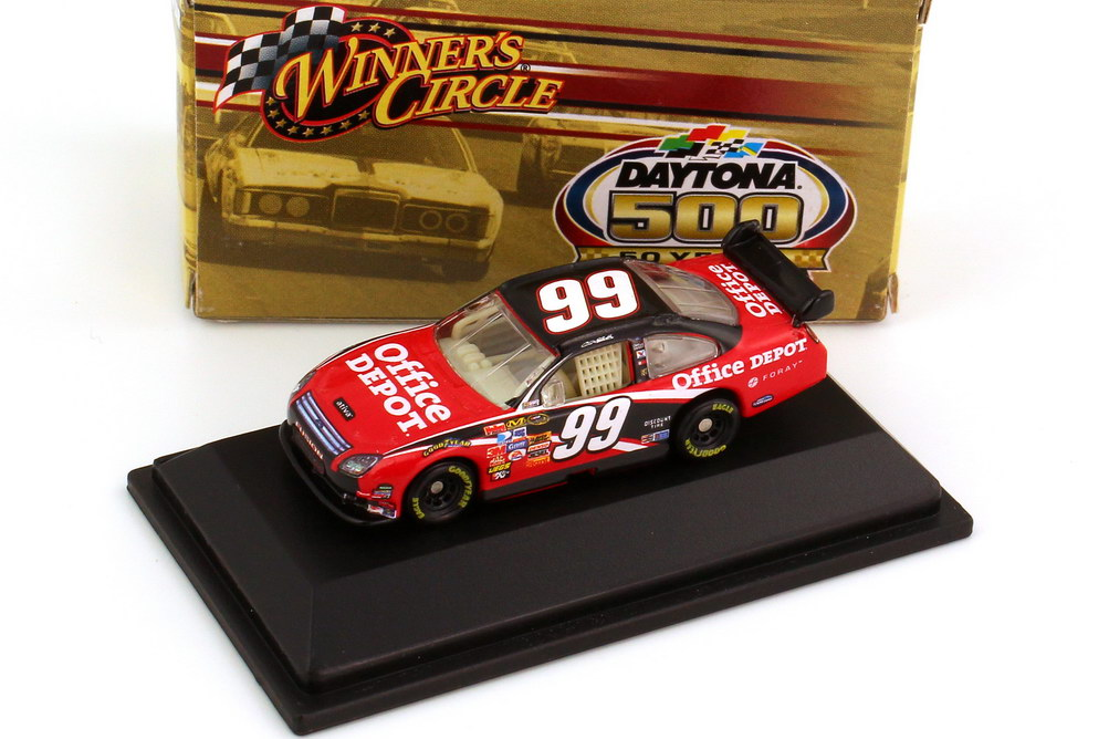 Foto 1:87 Ford Fusion NASCAR 2008 Roush Racing, Office Depot Nr.99, Carl Edwards (Daytona 500 Edition) Winners Circle 70473