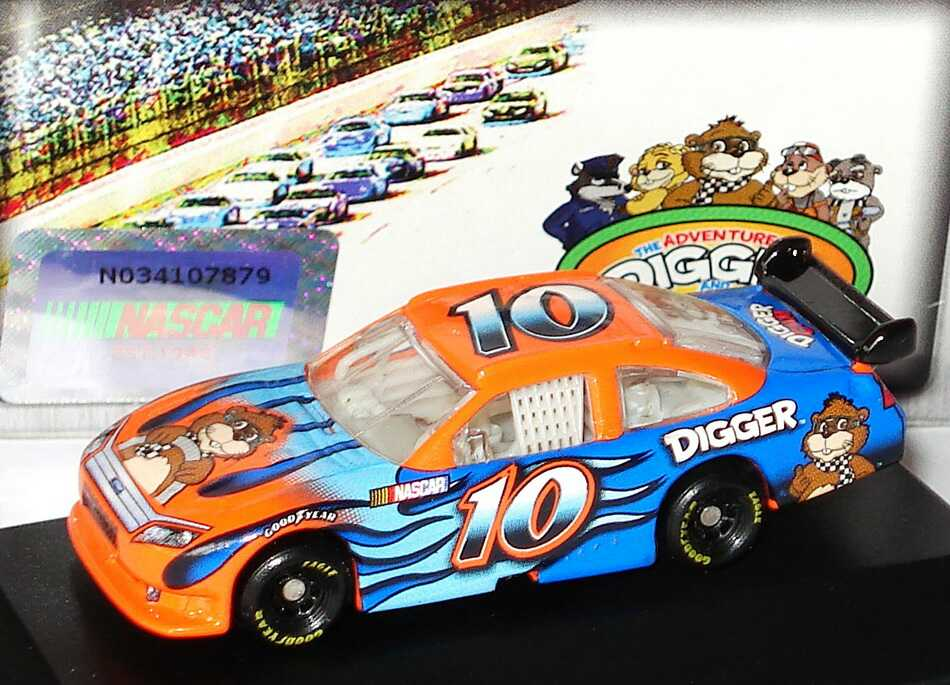 Foto 1:87 Ford Fusion NASCAR 2010 Digger Nr.10 Winners Circle 09729