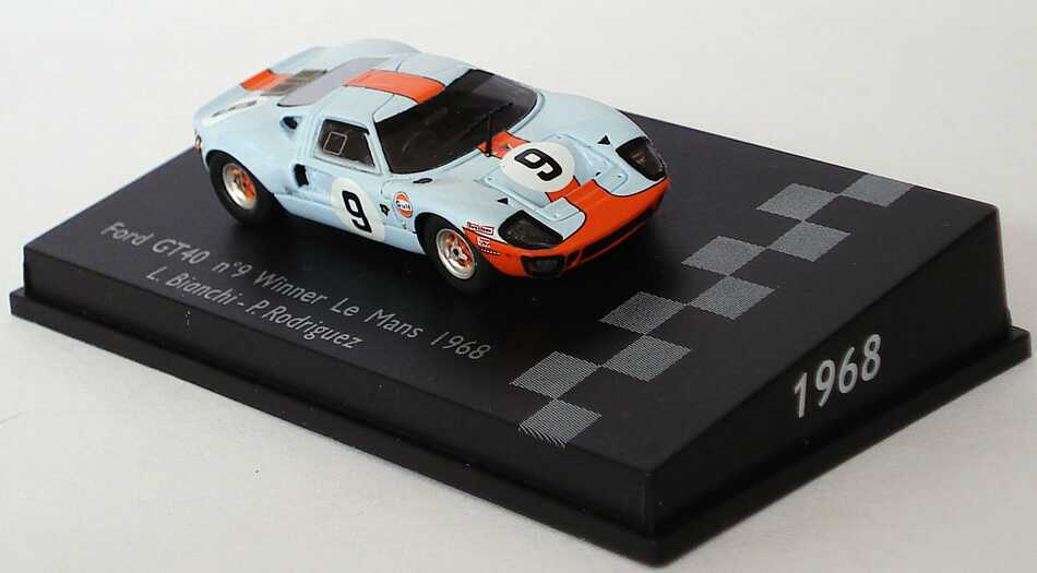 Foto 1:87 Ford GT40 MK II 24h von Le Mans 1968 Gulf Nr.9, Bianchi / Rodriguez (Sieger) Spark 87LM68