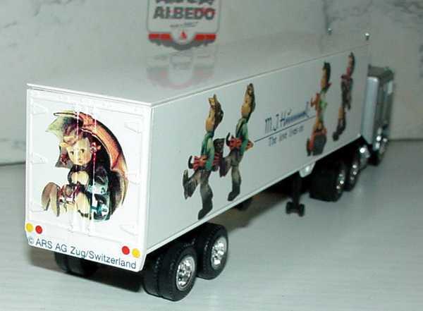 Foto 1:87 Freightliner COE KoSzg 3/2 M. J. Hummel - The love lives on Albedo