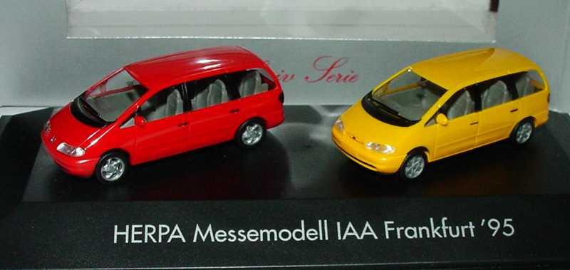 Foto 1:87 Herpa Messemodell IAA Frankfurt ´95 (VW Sharan rot + Ford Galaxy gelborange) herpa