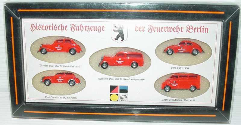 Foto 1:87 Historische Fahrzeuge der Feuerwehr Berlin (Mercedes 170 + Mercedes 170 Krankenwagen + VW Käfer + Opel Olympia + DKW Bus) Busch
