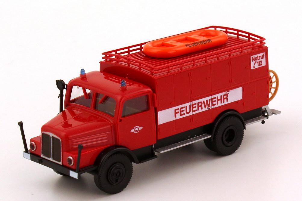 Foto 1:87 IFA S4000-1 Schlauchkraftwagen SKW14 Feuerwehr Sebnitz Brekina 71701