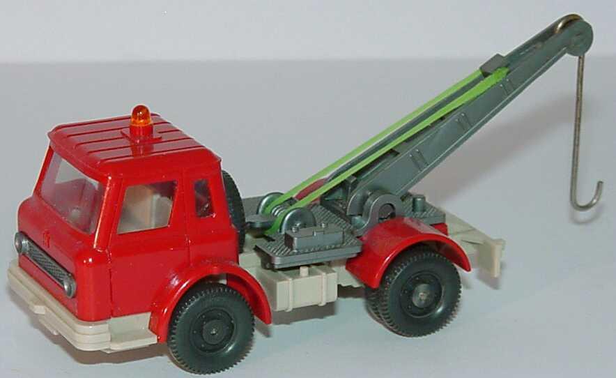 Foto 1:87 International Harvester CargoStar 2a Abschleppwagen rot/hellgrau Wiking 631