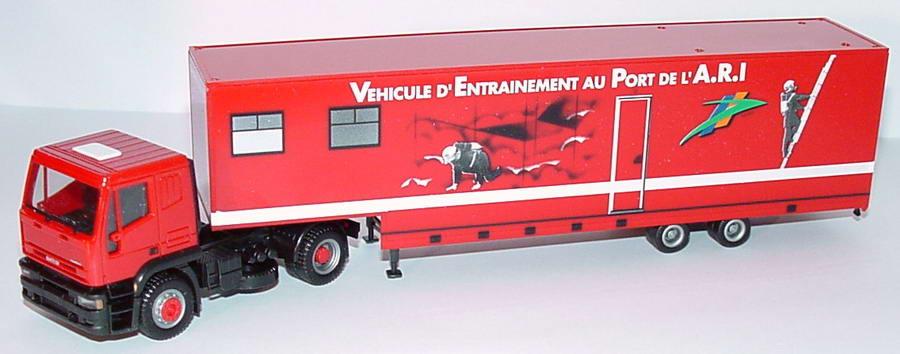 Foto 1:87 Iveco EuroTech JuKoSzg 2/2 Sapeurs Pompiers - Vehicule d´ Entrainement au Port de l´ A.R.I. herpa 142786