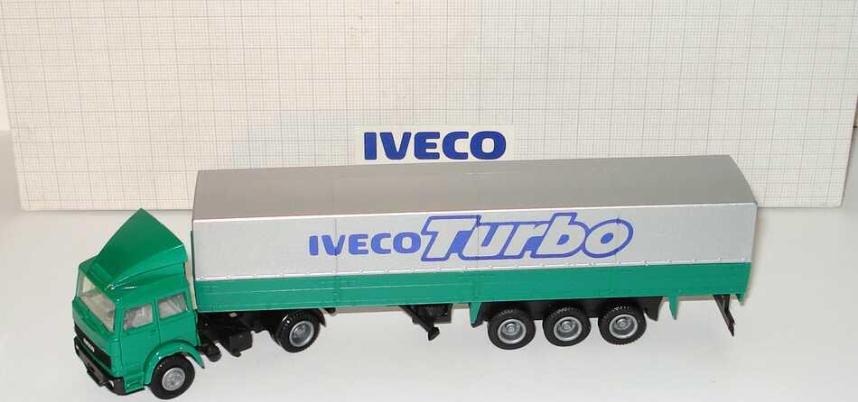 Foto 1:87 Iveco Turbo mit Dachspoiler PPSzg 2/3 grün Iveco Turbo Werbemodell herpa
