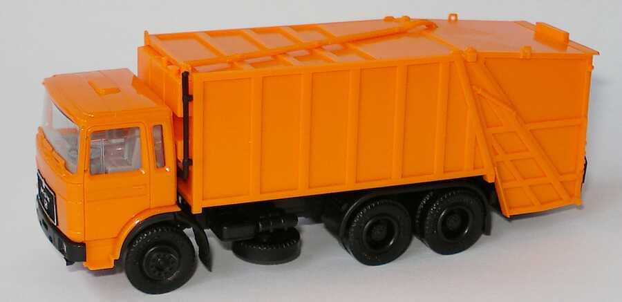 Foto 1:87 MAN (K) 3a Pressmüll-Lkw orange herpa 820019