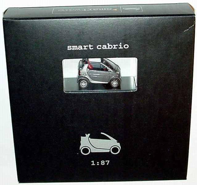 Foto 1:87 MCC Smart Cabrio bay-greymet./silber-met. Werbemodell Busch 0012447V001C53Q00